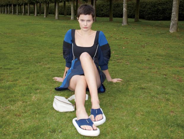이번 여름 신발 트렌드