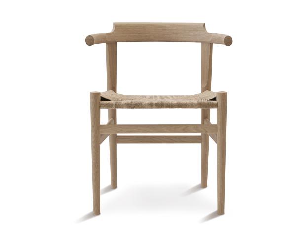 어떤 의자에  앉으시겠습니까